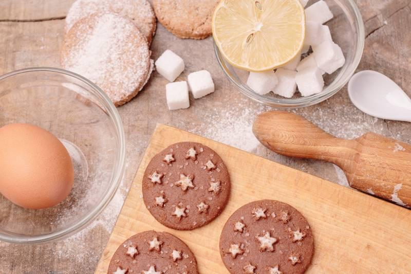手作りチョコをつくるときに気を付けたいこと イメージ画像 製菓調理器具
